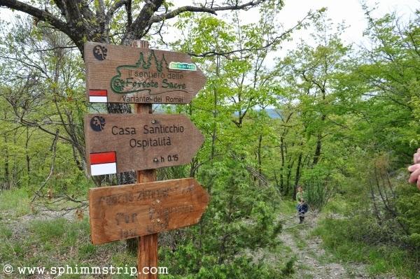 Indicazioni nella Foresta Casentinese, Vallesanta - Arezzo - Toscana - Italia - Casa Santicchio - #welikecasentino